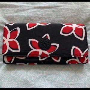 Kipling Meadow Flower Floral Print Snap Wallet